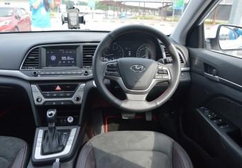 Carsifu 2017 Hyundai Elantra 2-litre MPI Executive (7)