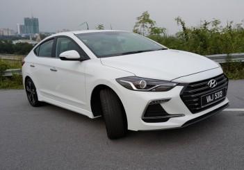Carsifu 2017 Hyundai Elantra Sport 06