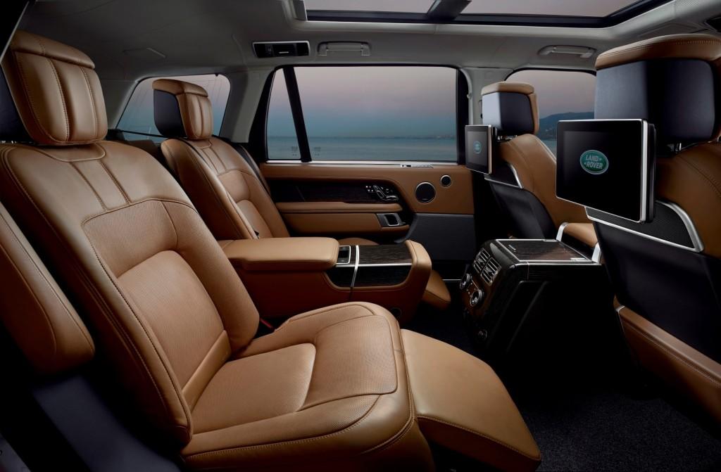 Land Rover Range Rover P400e - 20