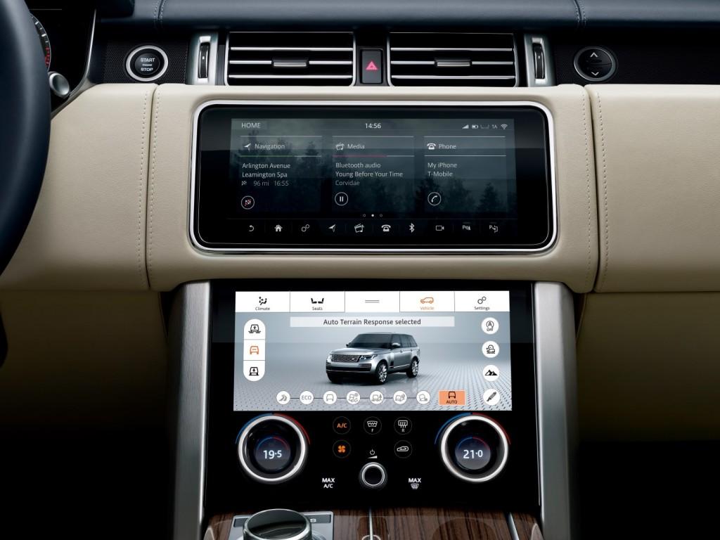 Land Rover Range Rover P400e - 24