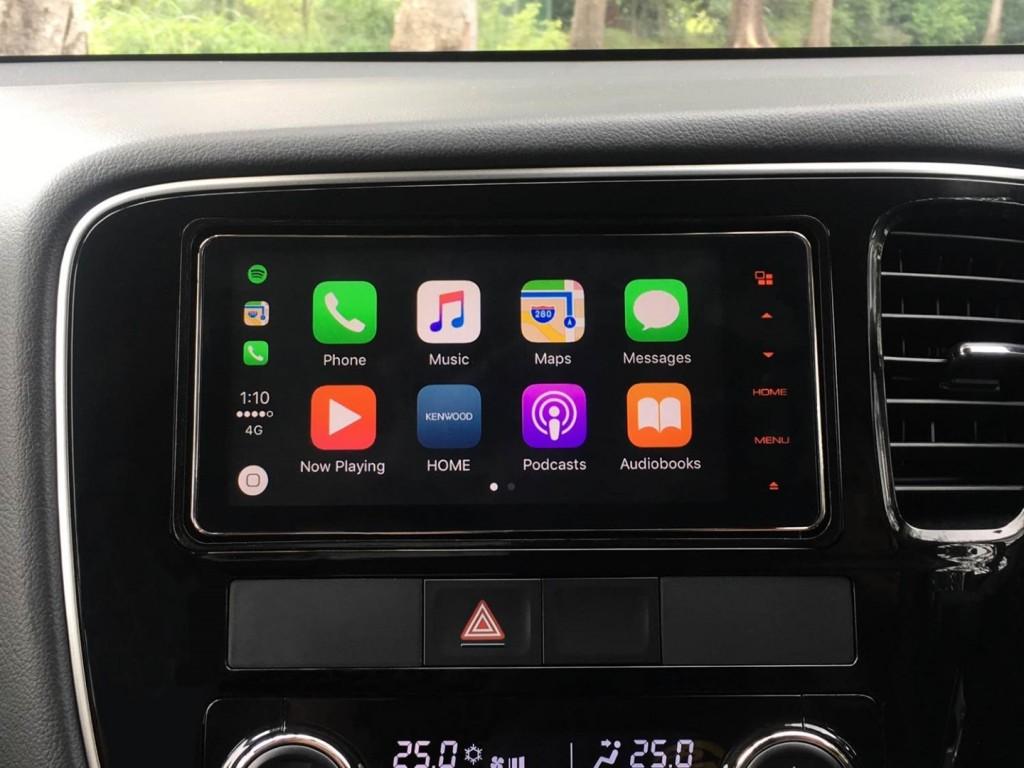 Mitsubishi Outlander 2.0 SUV - 03 Apple Carplay