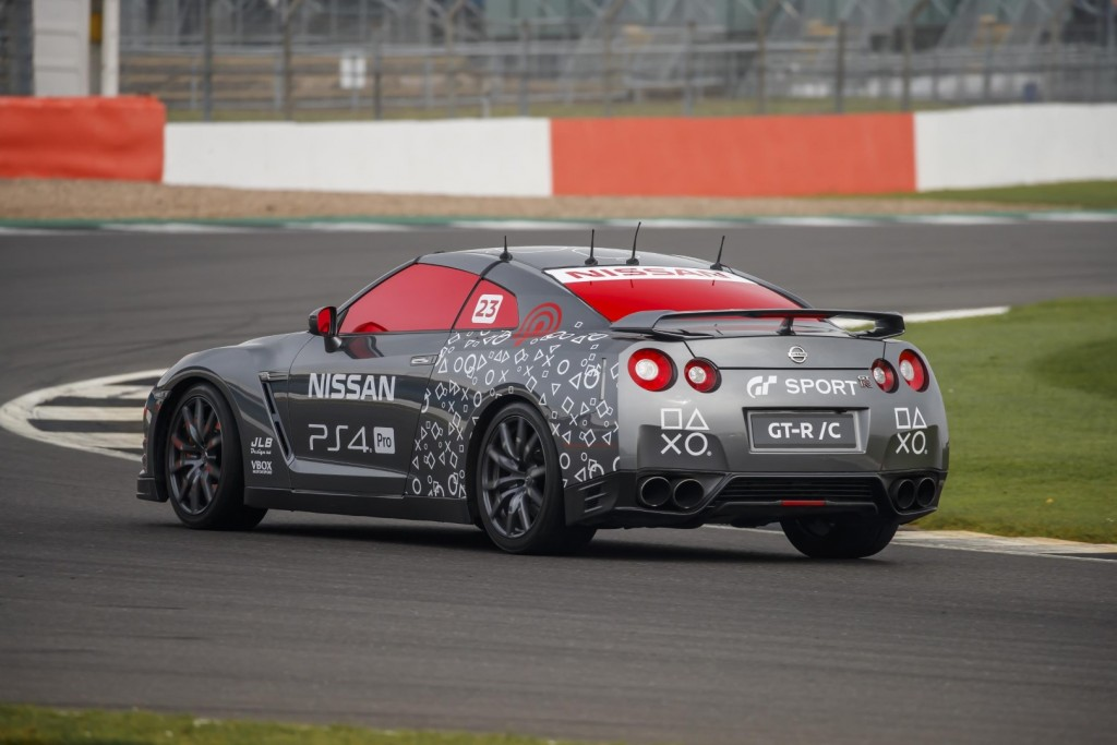 Nissan GT-R-C - 04