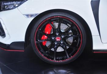 Honda Civic Type R - 11