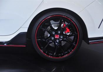 Honda Civic Type R - 13