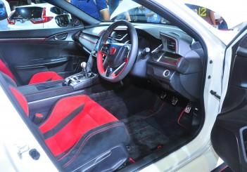 Honda Civic Type R - 33