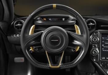 McLaren 720S Dubai - 07