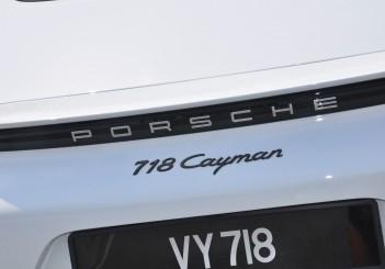 Porsche 718 Cayman 2.0 - 19