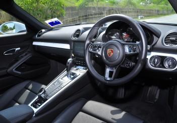 Porsche 718 Cayman 2.0 - 44