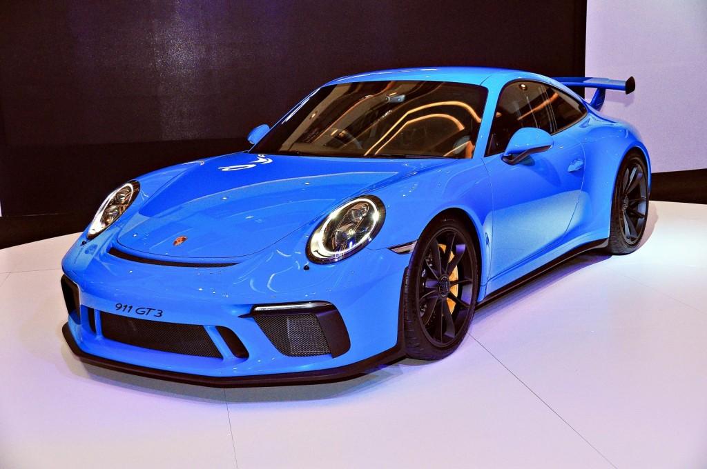 Porsche 911 GT3 a RM1.7mil lightweight powerhouse | CarSifu