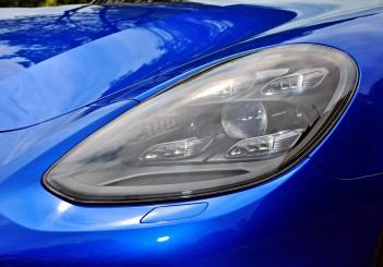 Porsche Panamera 3.0 V6 - 09