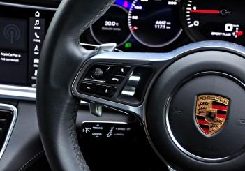 Porsche Panamera 3.0 V6 - 114