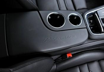 Porsche Panamera 3.0 V6 - 121