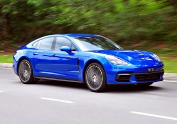 Porsche Panamera 3.0 V6 - 196