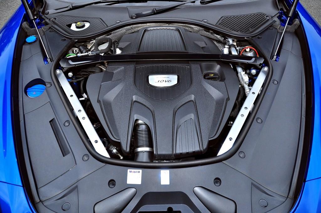 Porsche Panamera 3.0 V6 - 45