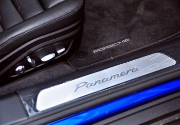 Porsche Panamera 3.0 V6 - 64