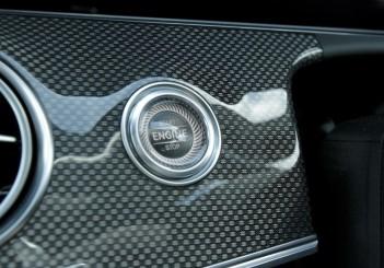 2017 Mercedes-Benz E 350 e (AMG Line) (14)