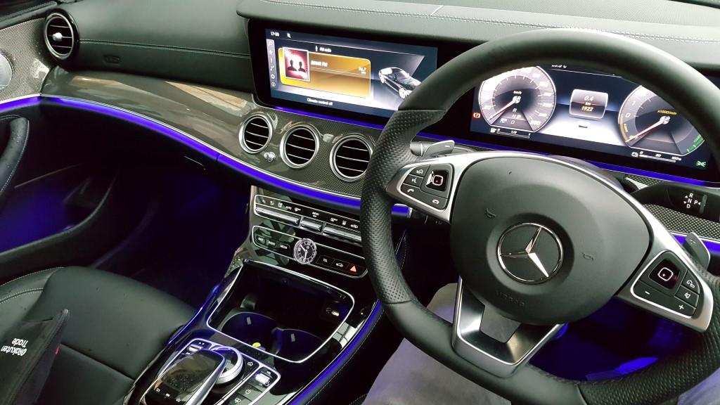 2017 Mercedes-Benz E 350 e (AMG Line) (53)