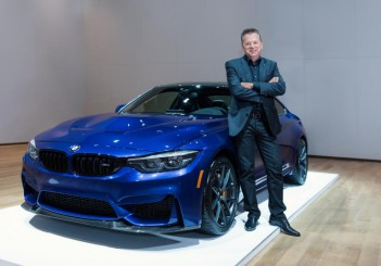 BMW M4 (Incheon Korea - BMW M GmbH sales and marketing vice-president Peter Quintus) - 01
