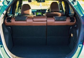 Honda FIT i-DCD hybrid (10)