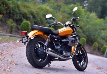 Moto Guzzi V9 Roamer (20)