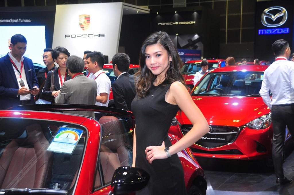 Singapore Motorshow 2018 - Chicks - 06