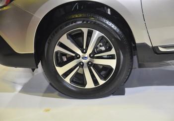 Subaru Outback 2.5i-S - 08