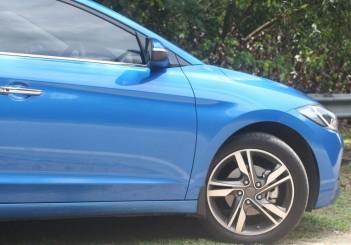 2017 Hyundai Elantra 2-litre MPi Executive (26)