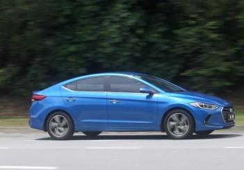 2017 Hyundai Elantra 2-litre MPi Executive (3)
