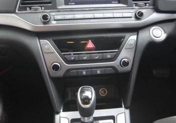 2017 Hyundai Elantra 2-litre MPi Executive (39)