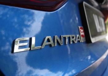 2017 Hyundai Elantra 2-litre MPi Executive (71)