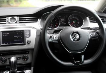 2017 Volkswagen Passat 1-8TSI Comfortline PLUS (15)