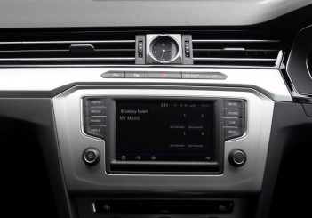 2017 Volkswagen Passat 1-8TSI Comfortline PLUS (18)