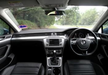 2017 Volkswagen Passat 1-8TSI Comfortline PLUS (19)