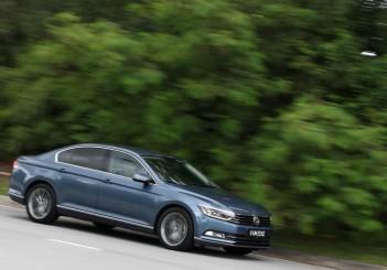 2017 Volkswagen Passat 1-8TSI Comfortline PLUS (2)