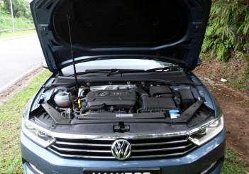 2017 Volkswagen Passat 1-8TSI Comfortline PLUS (30)