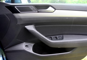 2017 Volkswagen Passat 1-8TSI Comfortline PLUS (37)