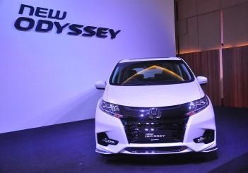 Honda Odyssey with Honda Sensing - 02