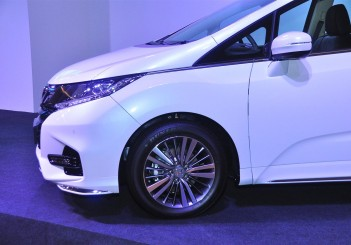 Honda Odyssey with Honda Sensing - 09