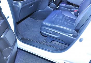 Honda Odyssey with Honda Sensing - 17