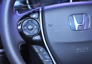 Honda Odyssey with Honda Sensing - 25