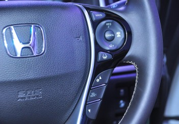 Honda Odyssey with Honda Sensing - 26