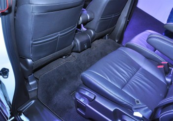 Honda Odyssey with Honda Sensing - 34
