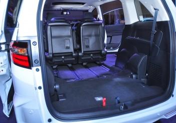 Honda Odyssey with Honda Sensing - 36