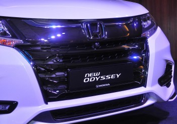 Honda Odyssey with Honda Sensing - 39