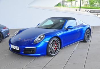 Porsche 911 Targa 4S - 01