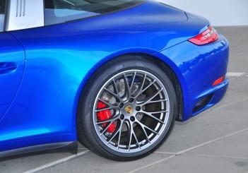 Porsche 911 Targa 4S - 08