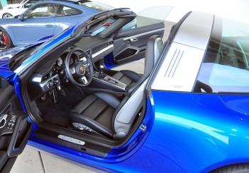 Porsche 911 Targa 4S - 17