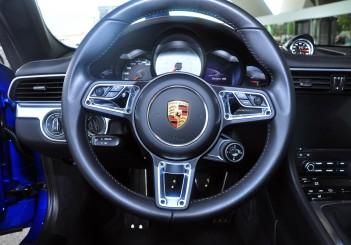 Porsche 911 Targa 4S - 25