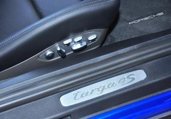 Porsche 911 Targa 4S - 39