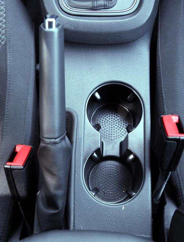 2017 Volkswagen Jetta 1-4L TSI (Comfortline) (1)